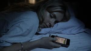 Inviare-SMS-durante-il-sonno ed